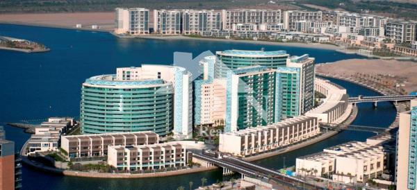 Abu Dhabi, Al Raha Beach, Al Muneera